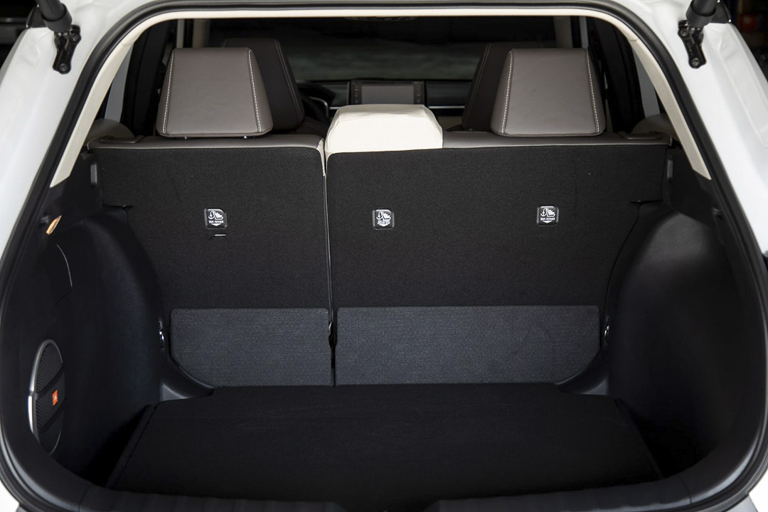 The open trunk of the Toyota Corolla Cross 2022 revealing its cargo space
