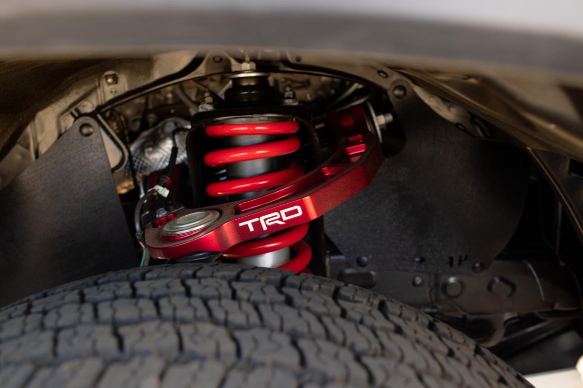 L'amortisseurs FOX à dérivation interne calibrés par TRD du Toyota Tacoma TRD Pro 2022