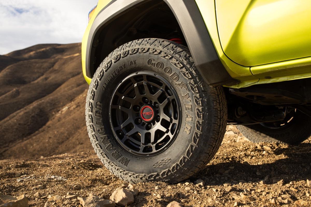 Le pneu Goodyear Territory tout-terrain chaussé par le Toyota Tacoma TRD Pro 2022
